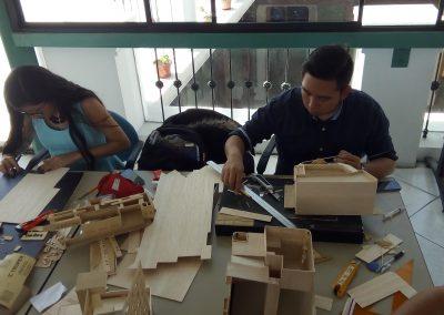 Taller de restauración de maquetas MAE (1)